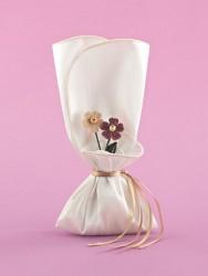 Μπομπονιέρα για Γάμο με Ταυτά και Πλεκτά Λουλουδάκια