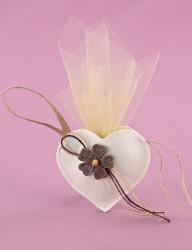 Μπομπονιέρα Γάμου Καρδιά Δερματίνης Μικρή με Λουλούδι Πλεκτό