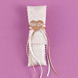 Μπομπονιέρα Γάμου Φακελάκι Κάθετο από Ύφασμα Σουά Σοβάζ με Δαντέλα