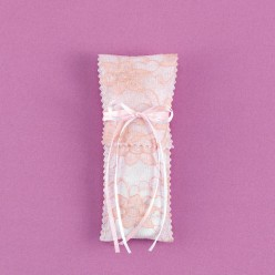 Φάκελος Κάθετος με Δαντέλα σε Χρώμα Πούδρας για Μπομπονιέρα Γάμου
