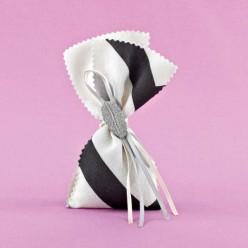 Μπομπονιέρα Γάμου Πουγκί Σεβρόν με Ακρυλικό Φύλλο