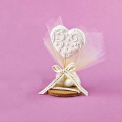 Μπομπονιέρα Γάμου Επιτραπέζια Καρδιά με Σχέδια και Βάση από Φελλό