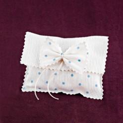 Φακελάκι Λευκό-Σιέλ Πουά για Μπομπονιέρα Βάπτισης