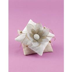 Μπομπονιέρα Γάμου Μαξιλαράκι Διπλό με Λουλούδι
